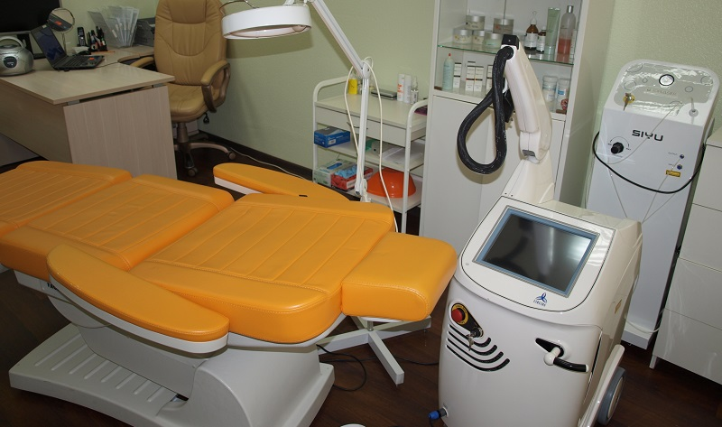 Операционный стол для лечения простатита