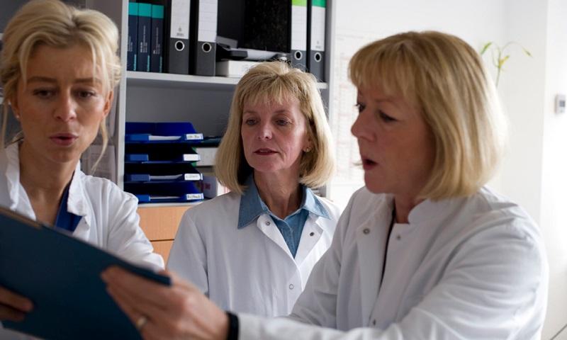 Врачи размышляют над продолжительностью жизни после лечения рака предстательной железы 1 степени
